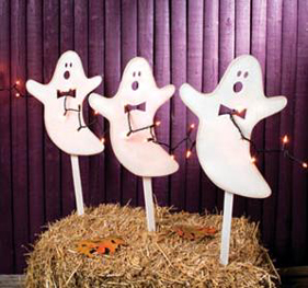 Glittered Ghosts With Lights