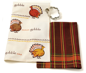 Thanksgiving Turkey Cookie Cutter & Dish Towels Set