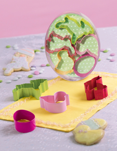 Easter Egg With Cookie Cutters Set