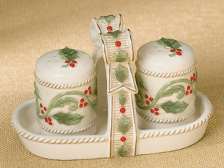 Holly Salt & Pepper Shakers With Tray